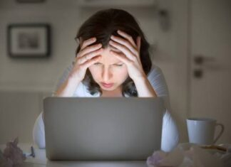How to Prevent Eye Strain from Digital Devices